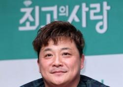 """[네티즌의 눈] 윤정수 모친상, """"진정한 프로, 웃고 있는데 울고 있는 얼굴…힘내시길"""" 응원"""