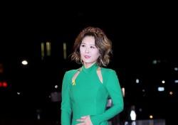 [V포토] 황석정, 노란리본을 가슴에 달고 (2016 KBS 연기대상)