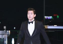 [V포토] 이상윤, 흠 잡을 곳 없는 멋짐 한가득 (2016 KBS 연기대상)