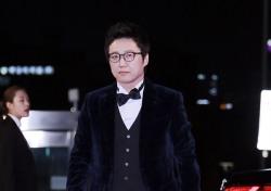 [V포토] 박신양, 대상후보의 품격있는 걸음걸이 (2016 KBS 연기대상)