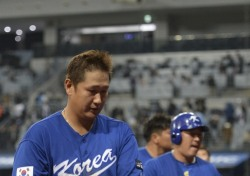 [WBC] '타선의 일관된 침묵' 1라운드 탈락 문턱에 놓인 대한민국