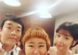 '아빠는 딸' 정소민, 홍윤화 김민기 커플과 인증샷…'장키' 인연