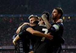 [UCL 8강] '호날두 멀티골' 레알, 뮌헨에 1차전 2-1 승리