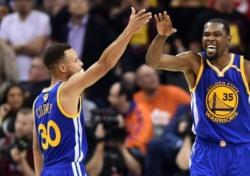[NBA 파이널] '듀란트 결승 3점' 골든스테이트, 우승까지 단 '1승'