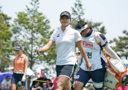 [한국여자오픈 포토] 김지현, 3승을 향한 버디 퍼트의 완성