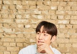"""[인터;View]② '박열' 이제훈 """"이준익 감독, 해맑은 소년 같아"""""""