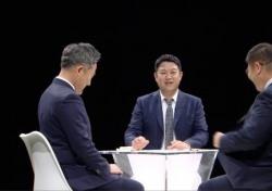 """'썰전' 문재인 정부 40일에 전원책 """"하나도 달라진 게 없다"""" 지적 왜?"""