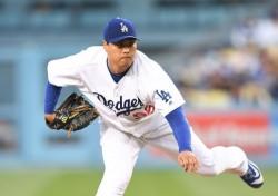 [MLB] '5이닝 2실점' 류현진, 불펜 난조로 4승 불발