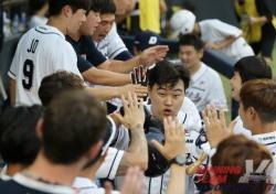 [프로야구] 두산, LG에 11-4 대승...5연승 신바람
