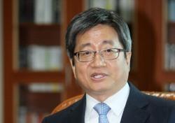 김명수 춘천지방법원장의 파격, 50년 만에 비 대법관 출신 지명