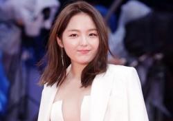 서신애가 이어받은 배턴 '가슴·엉덩이골' 드러낸 그녀들에게 부산국제영화제의 의미는?