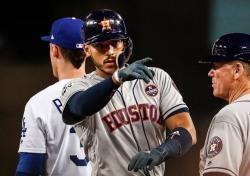 [MLB 월드시리즈] '스프링어 결승포' 휴스턴, 연장 승부 끝 2차전 잡았다