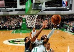 [NBA] '어빙-호포드 52득점 합작' 보스턴, 밀워키 꺾고 3연승