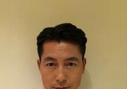 '강철비' 정우성, 이 배우와 부부로 불릴 만큼 친하다는데..
