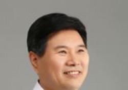 """檢, 홍문종 '아지트' 파헤쳤다…""""서류·전산 기록 대거 확보"""""""