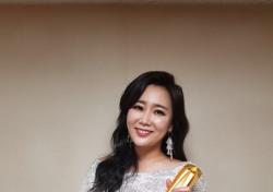 """신영숙, 한국뮤지컬어워즈 여우조연상에 """"2018년 전부 내꺼"""" 센스만점 수상소감"""