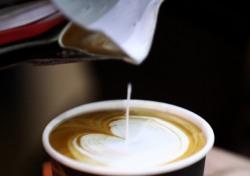 [네티즌의 눈] 모든 학교서 커피 퇴출, 어이없는 분노 까닭은