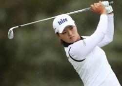 고진영, 와이어투와이어 우승으로 67년 만에 LPGA 데뷔전 우승