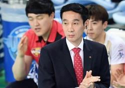 """연패 탈출 김철수 감독 """"힘 내준 선수들 고맙다"""""""