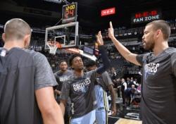 [NBA] '누가 누가 잘 지나' 치열한 꼴찌경쟁 '탱킹레이스'