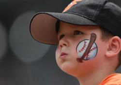 [야구] 젊은 팬 이탈에 골머리, 볼티모어 MLB 최초 '아동 무료입장'