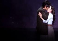 [공연;뷰] 뮤지컬 '닥터 지바고', 결혼이라는 담장 밖의 연애…그것은 축복일까? 비극일까?