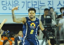 [프로농구] KCC, 전자랜드 꺾고 PO 4강 진출
