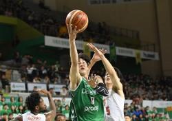 [프로농구] '약속의 3쿼터' DB, SK에 94-89 승리 '챔프전 2승 안착'