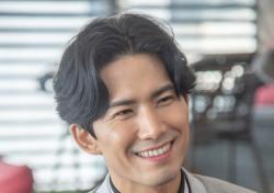 [인터;뷰] 정동화, 영화 '옌안' 도전하는 뜨거운 속사정