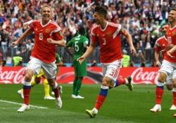 [러시아WC] '월드컵 첫 골' 가진스키, 무실점 승리 이끈 묵묵함