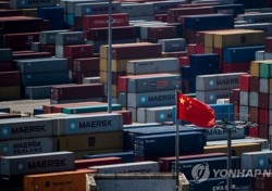 미중 무역전쟁, 흑암 드리운 세계경제..한국도 좌불안석 왜?