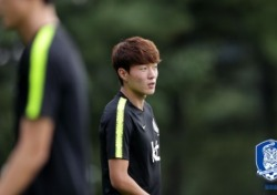 [AG] '황의조 해트트릭' 한국, 바레인전 6-0 대승으로 산뜻한 출발