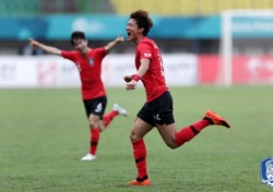 [축구] 물오른 황의조, 벤투호 '부동의 원톱'에 도전한다