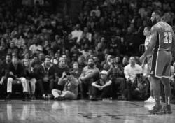 [NBA] '최악 부진' 무기력했던 르브론