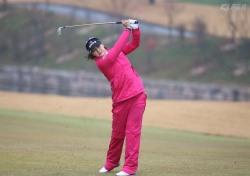 [슬로모션 챔피언 스윙] 김지현의 비오는 날도 정확한 드라이버 샷