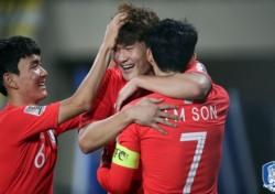 [아시안컵] '일단 이란은 피했다', 한국 대표팀 중국전 승리로 꽃길