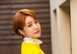 """윤진이 '빈 칸' 후일담, """"잘못된 행동 반성해요""""…'연예인병' 참회"""
