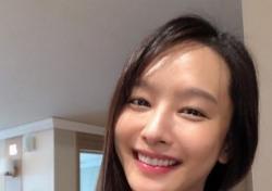 """막무가내식 '뇌피셜' 유감…박정아 측, """"산모가 얼굴 손대는 게 말 되나"""""""