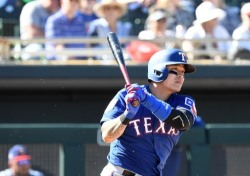 '시즌 2호 홈런' TEX 추신수, 극적인 대타 동점 홈런