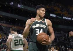 [NBA] '아데토쿤보 20득점' 밀워키, 18년 만에 컨퍼런스 파이널 진출