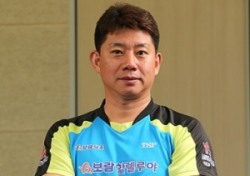[탁구] 특별한 감독의 보람할렐루야, 창단 후 단체전 첫 메달