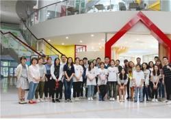 제니튼 '해피스마일 치과버스' 성북구 소외계층 아동 의료 봉사