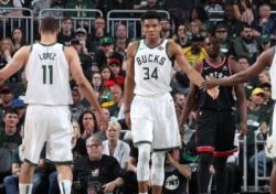 [NBA] '2승 2패 동률' 밀워키, 홈에서는 반등할까