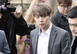 [기획; '스타들의 마약'①] 계속되는 스캔들…연예인이 '마약'에 빠지는 이유