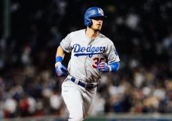 [MLB] 홈런왕 넘보는 코디 벨린저, 60홈런 고지 밟을 수 있을까