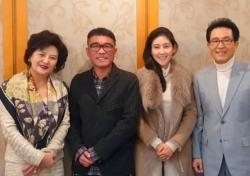 """김건모·장지연 동거중…""""둘이 같이살며 잘 지낸다"""" 추문 극복한 사랑"""