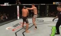 UFC 신성 볼코프, 전 챔프 베우둠 격침