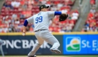 류현진, 7이닝 무실점 시즌 6승…방어율 MLB 전체 1...