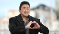 """마동석 """"내년 예정화와 결혼"""" 칸 발표"""
