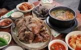 Discovering Gongdeok Market's 'food alleys'